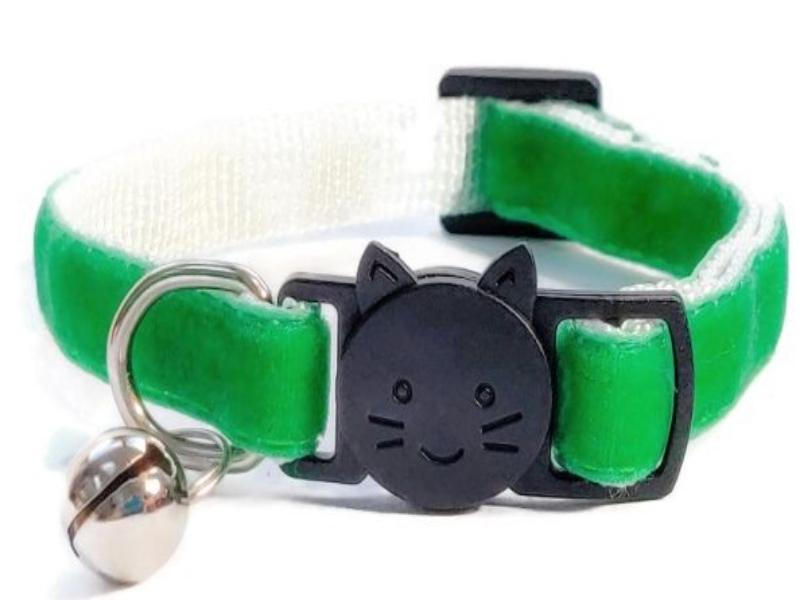 Green Soft Velvet Collar