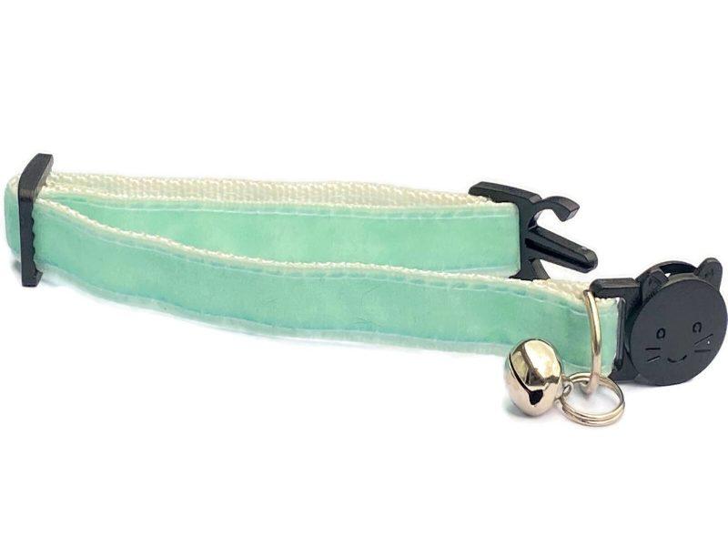 Mint Green Velvet Collar