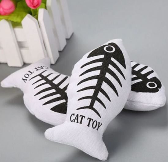 White Fish (With Catnip) – Soft Plush Cat Toy