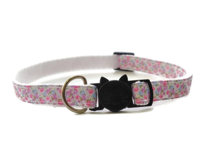 White with Floral Cat Collar