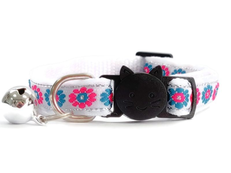 White with Blue/Rose Flower Print Cat Collar