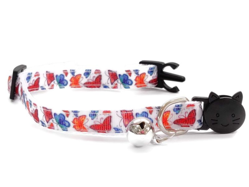 White with Butterfly Print Cat Collar