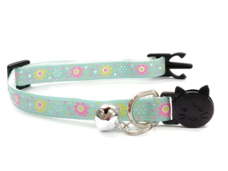 Mint Green with Rose/Yellow Flowers Cat Collar