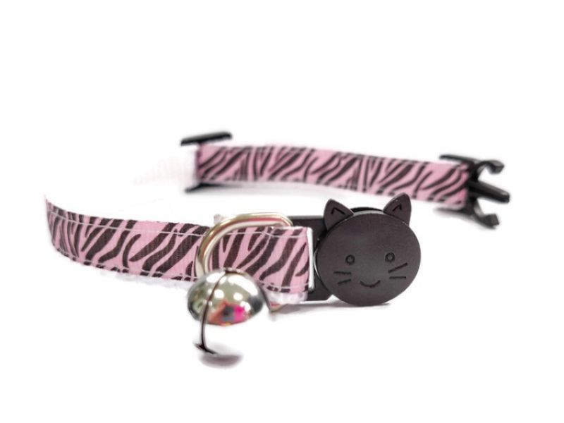 Light Pink Zebra Cat Collar