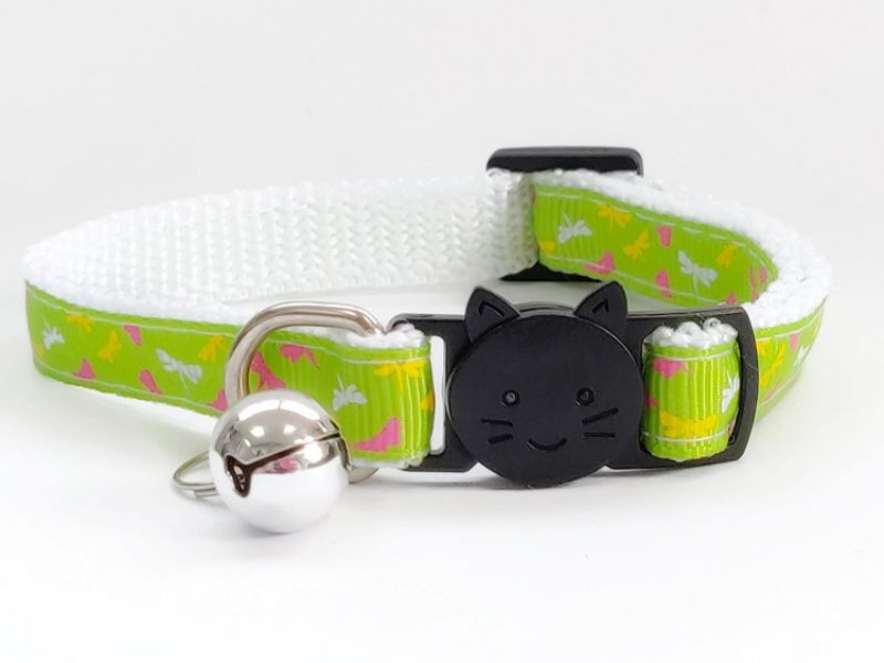 Green with Butterfly Print Cat Collar