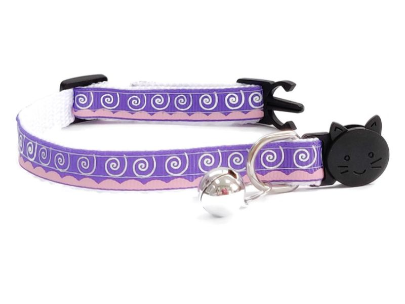 Purple & White Swirl Design Cat Col...