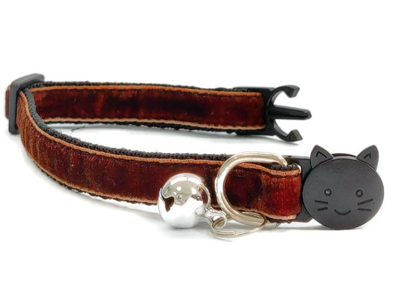 Brown Velvet Kitten Collar