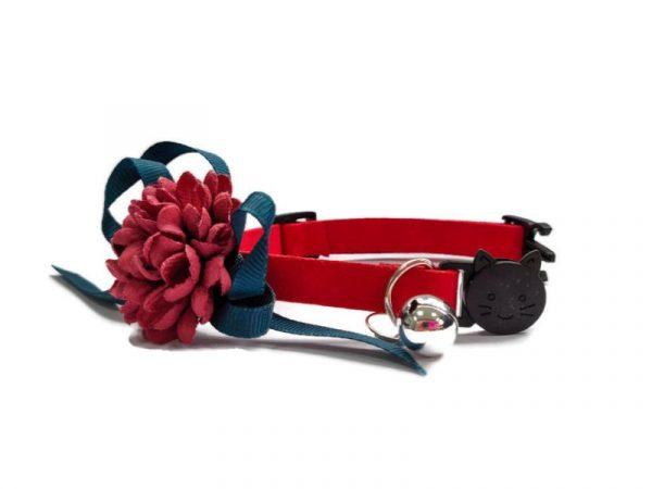 Luxury Cat Collar – Soft Velvet with Flower (Red)1