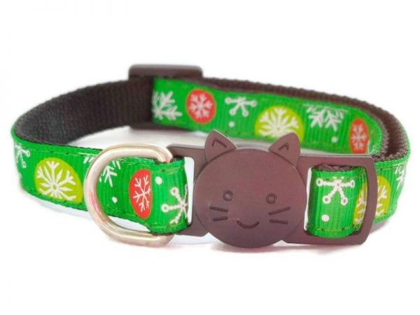 Christmas Cat Collar – Green with Snowflake Print