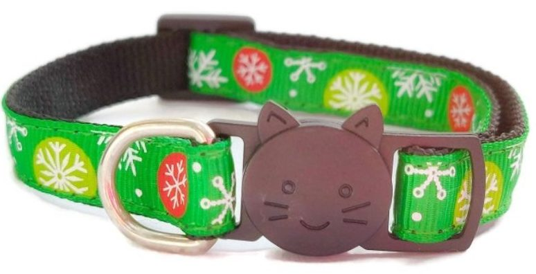 Christmas Cat Collars – Green with Snowflakes