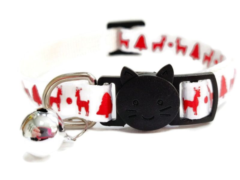 Christmas Cat Collar – White with Red Reindeers