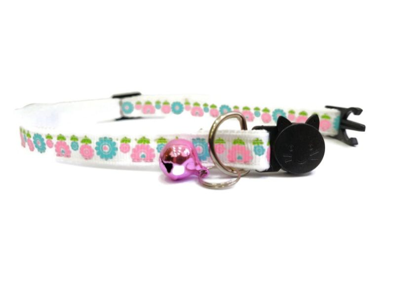 White with Pink & Light Blue Flowers Cat Collar
